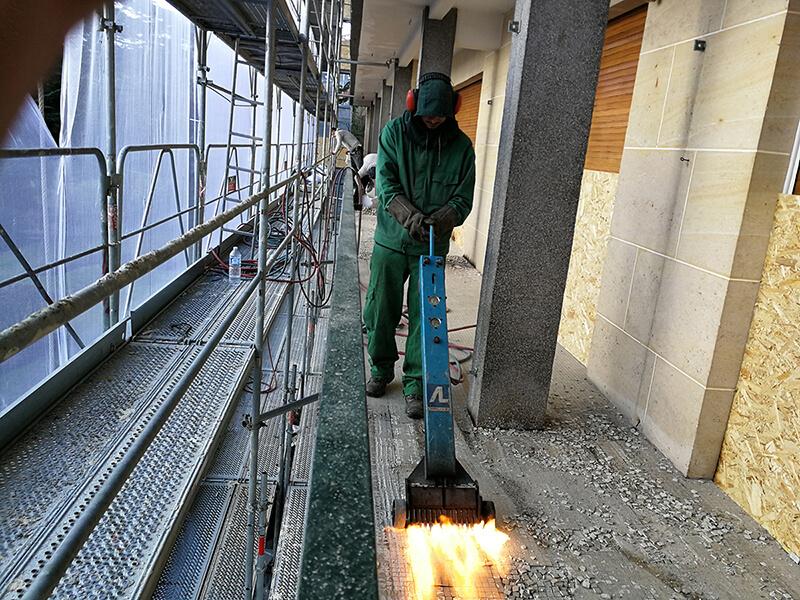 decapage-carrelage-balcon-exterieur